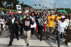 В США тысячные акции против убийства чернокожих(Видео)