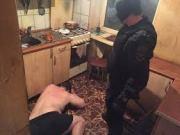 В Калининграде полицейские пресекли деятельность группы, которая за взятки освобождала должников от ответственности