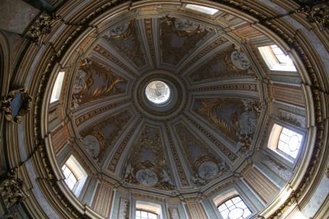 Notre toute première église à Rome, la série sera longue !