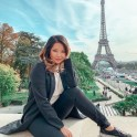 eiffel tower budget travel to paris