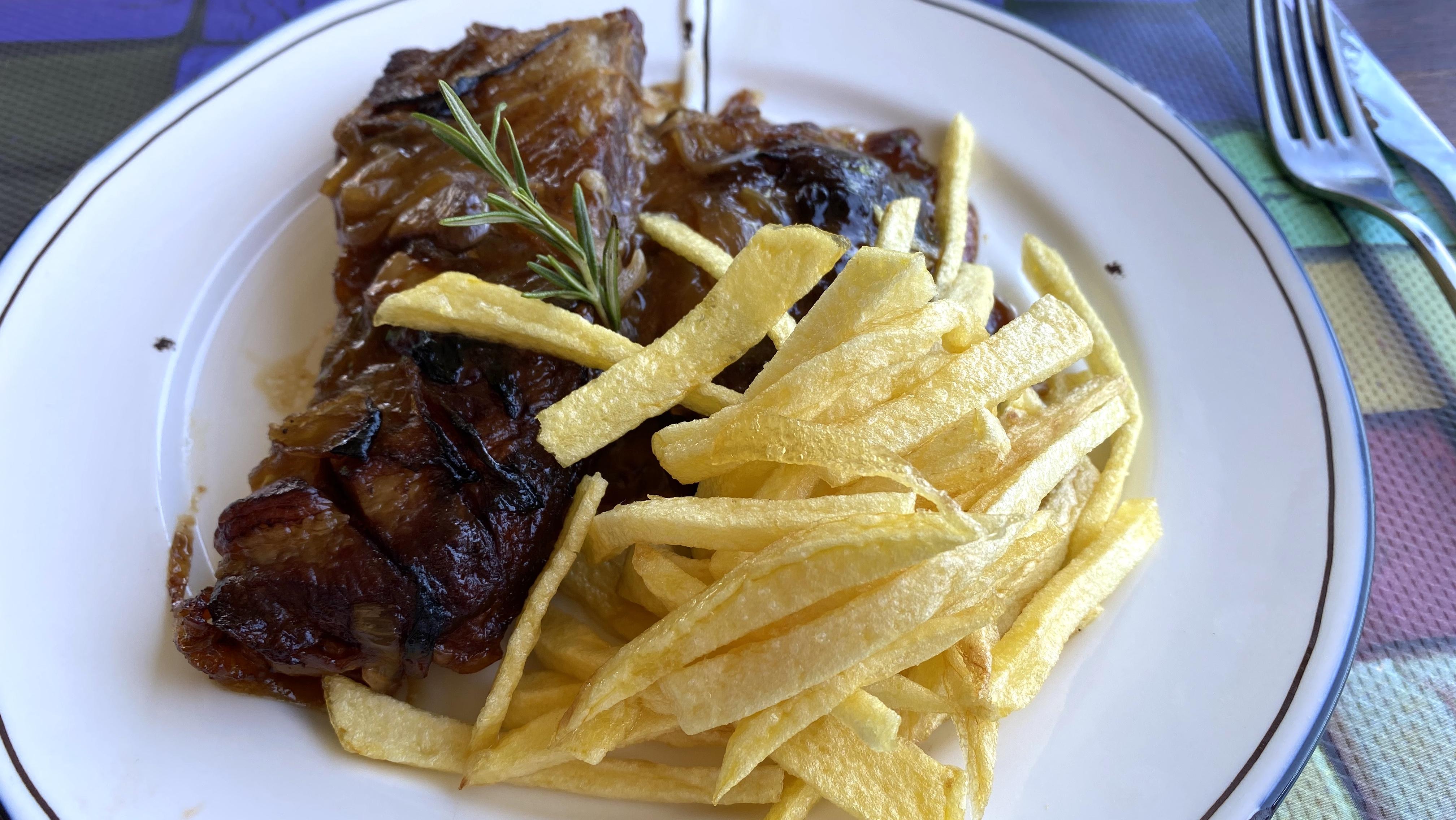 aravell restaurant pork