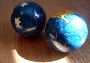 chinese health balls 1523333 639x445 1