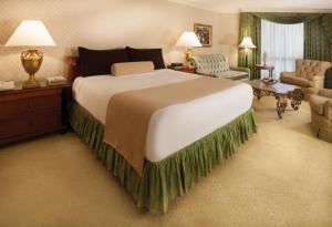 Paris Las Vegas large victorian styled room.