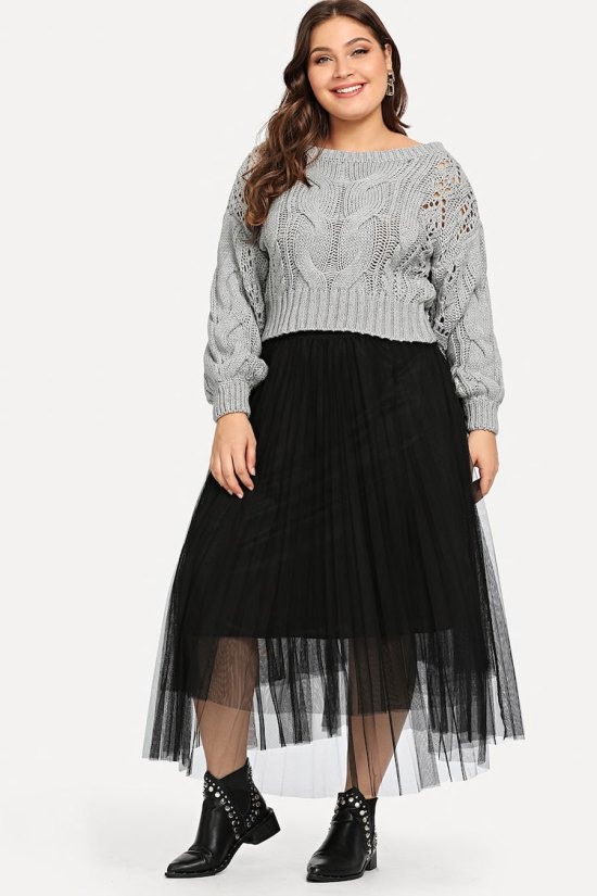 SHEIN Plus Eyelet Detail Textured Crop Sweater
