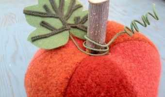 Sweater Pumpkins – A Great Fall Upcycled Sweater Project