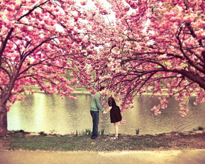 Romantic-Couple-Love-HD-Wallpaper