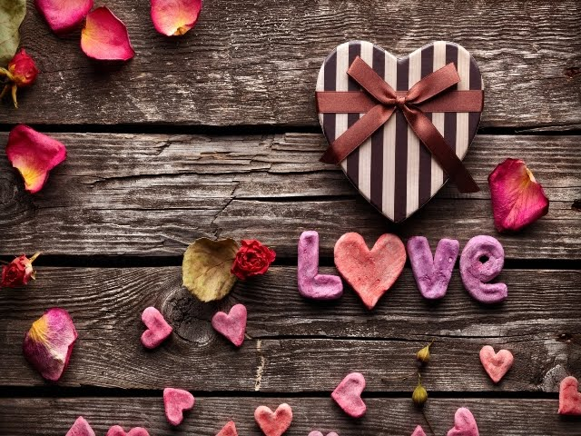 Creative-Love-HD-Wallpaper For Laptop
