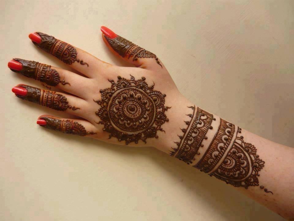 Easy Best Mehndi Design