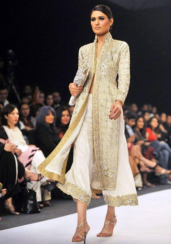 Neeta Lulla Latest Wedding Collection For Girls