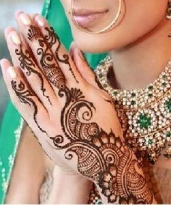 simple karva chouth mehndi design