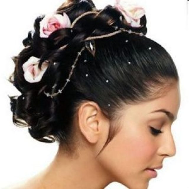 beautiful bridal flowers hairstyle