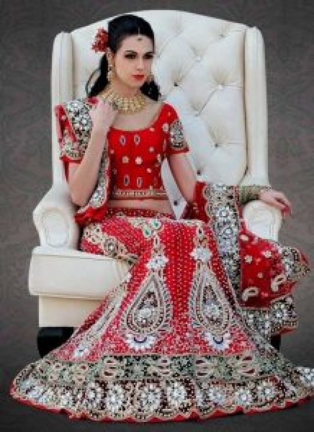 beautiful pakistani Bridal lehanga