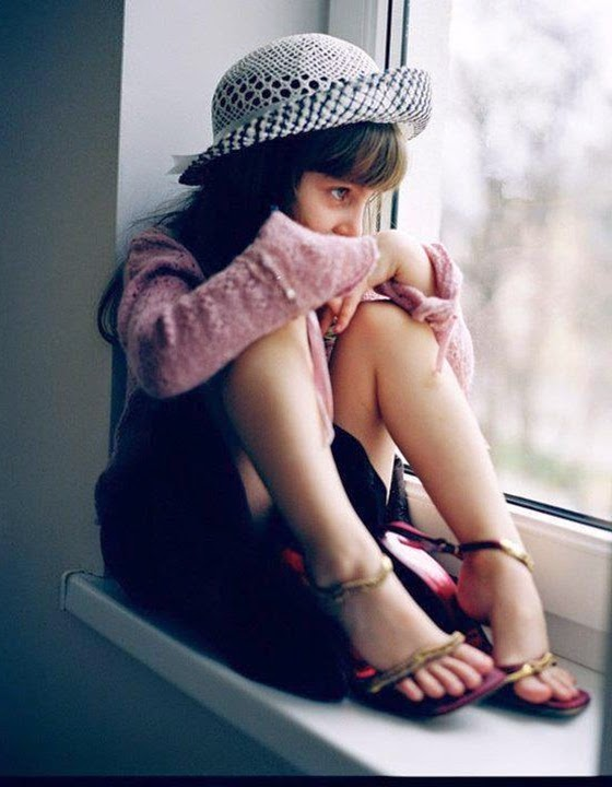 Best Top 50 Whatsapp Dp Images For Girls Cool, Stylish, Attitude, Love-1990
