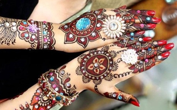 karva chauth mehndi design for bridal
