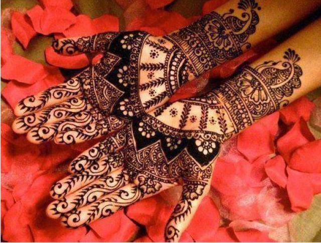 full hand karva chauth mehndi design