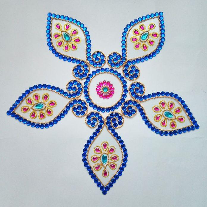 gomukh_shape_kundan_rangoli_blue_stone_pics