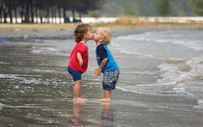 cute couple kids kissing images