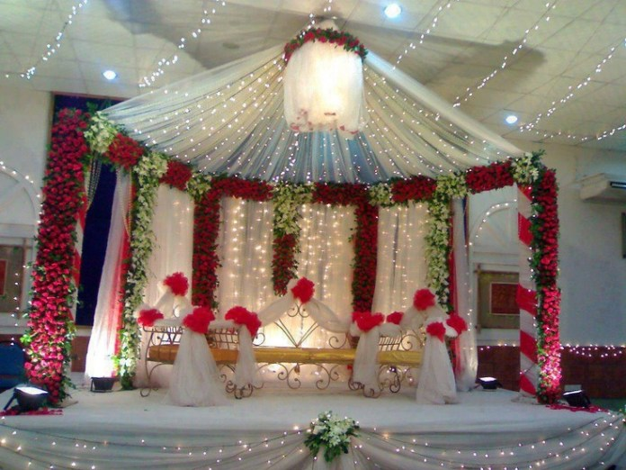 wedding center stage decoration with flowers