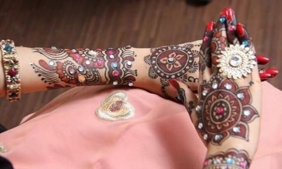 beautiful bride colorful mehndi designs