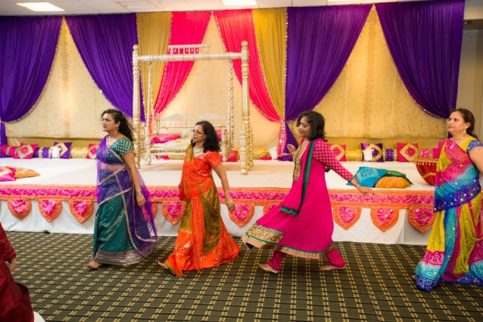 gujarati wedding garba images