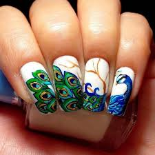feather look nail art