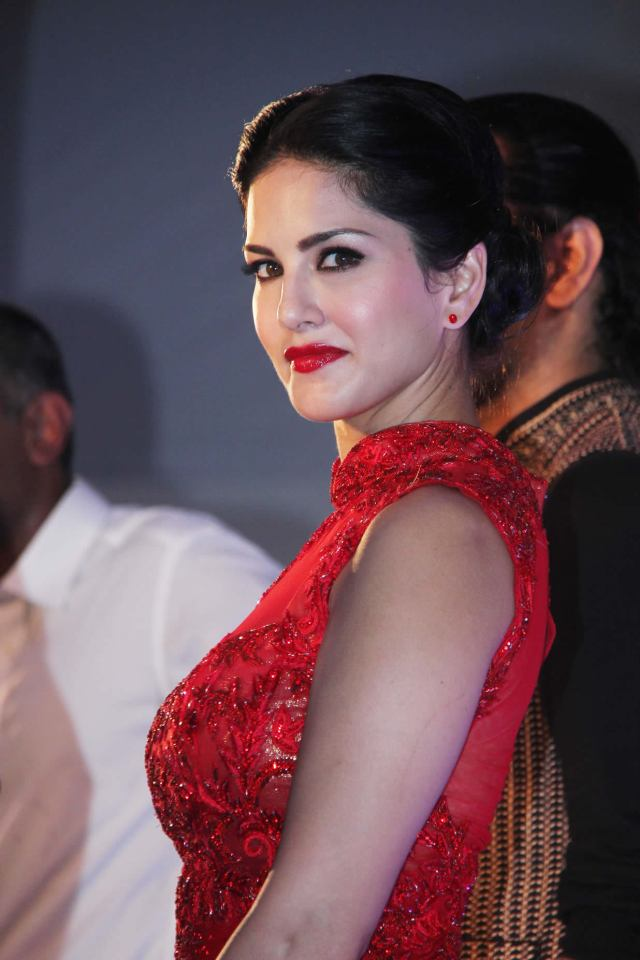 Sunny Leone Beautiful Indian Girl Beautiful Girl of Indian