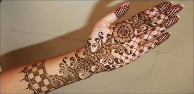 flower designs mehendi for hands