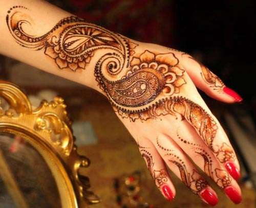 embelished mehendi designs