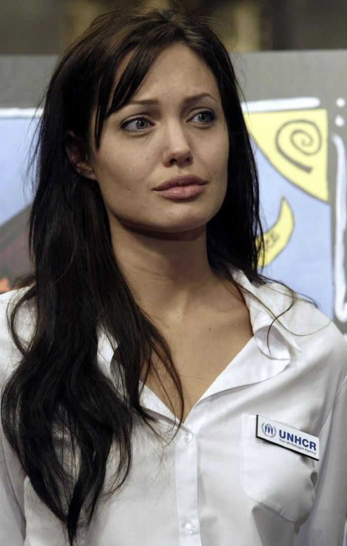Angelina Jolie Beautiful Wallpapers Images without makeup
