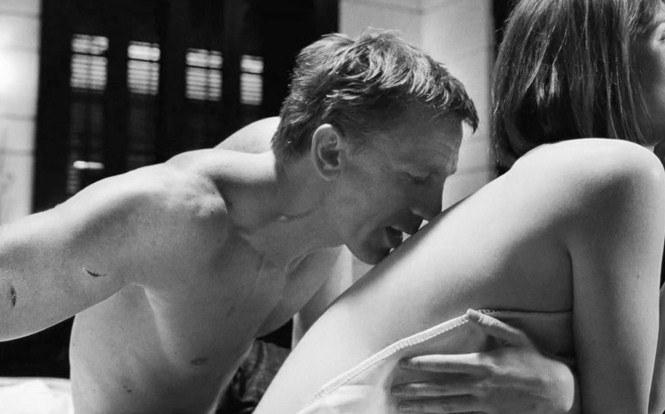 Back kiss kiss on the back sensual kiss lovers kiss