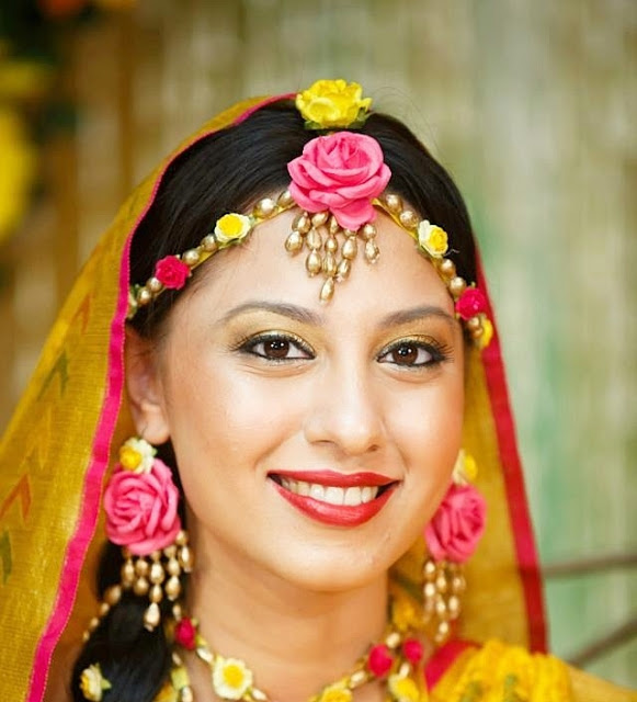 real flower jewellery for bride