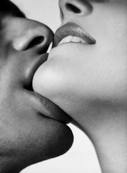Jaw kiss sexiest kiss best kiss types of kissing