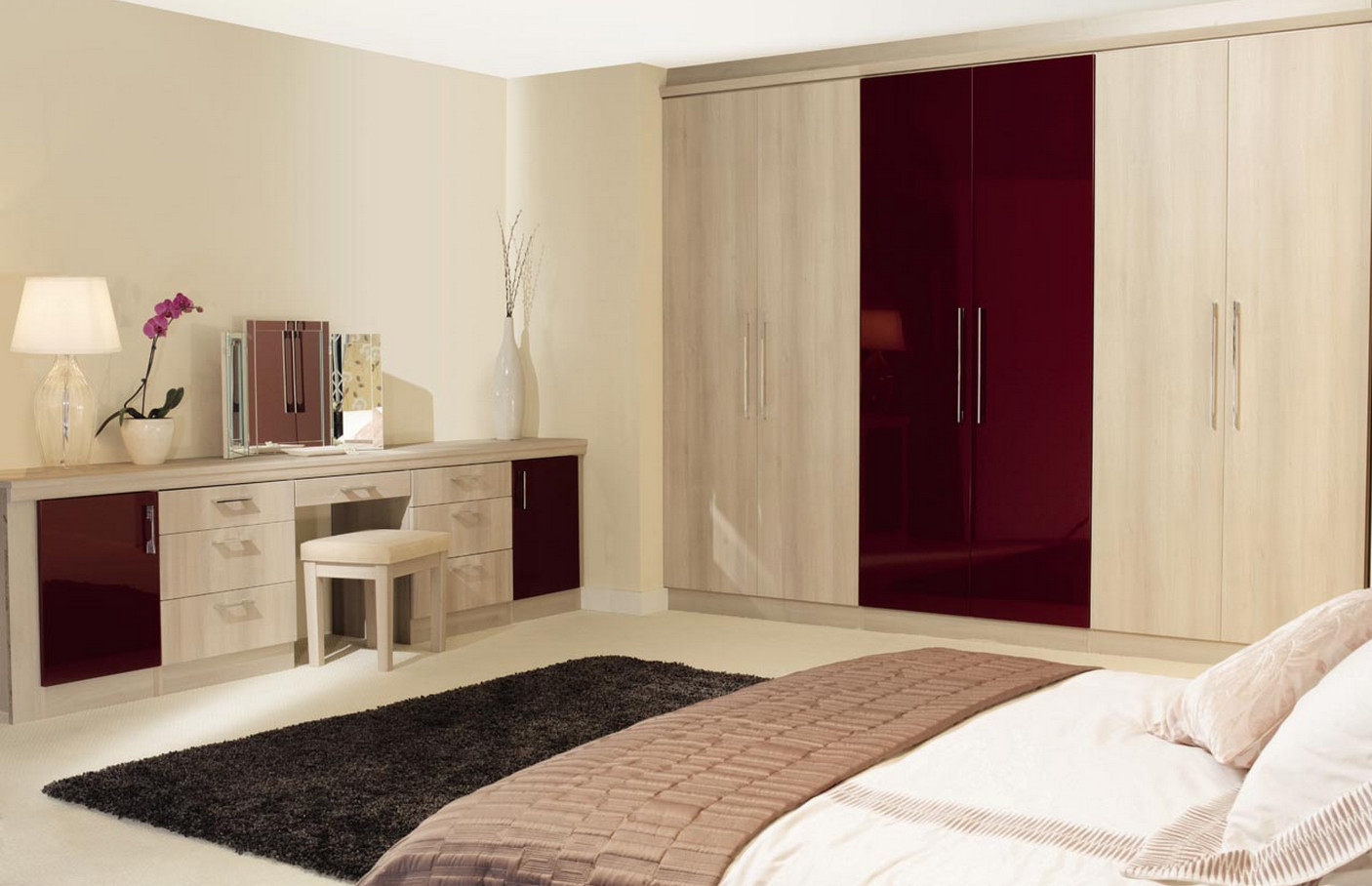 Bedroom furniture wardrobes - The Wardrobe Has Enough Space To Safeguard Your Day To Day Belongings And Fashion Trends Which You Wear While In Office Or At A Party