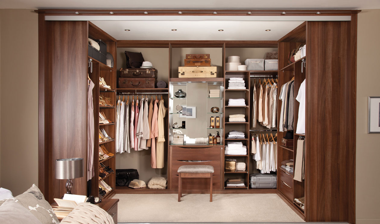 Bedroom wardrobe designs - The Walk In Closet Design Shows A Beautiful Contemporary Style Closet Which Makes The Room Much More Beautiful The Closet Provides A Private Space Which