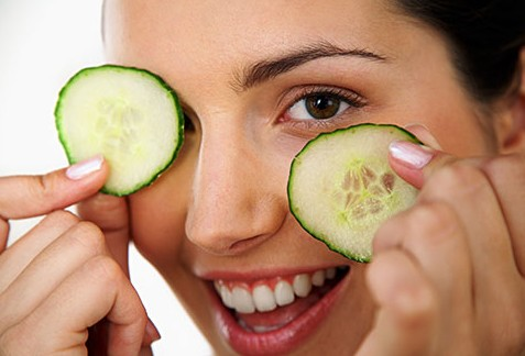 Cucumber To Cure Pimples On Forehead