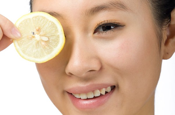 lemon juice To Cure Pimples On Forehead