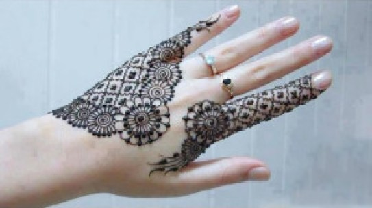 simple mehandi design