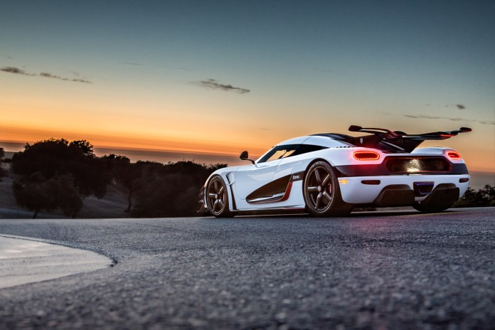 koenigsegg-one-1-best-car-expensive-car-in-the-world-floyd-mayweather-new-car