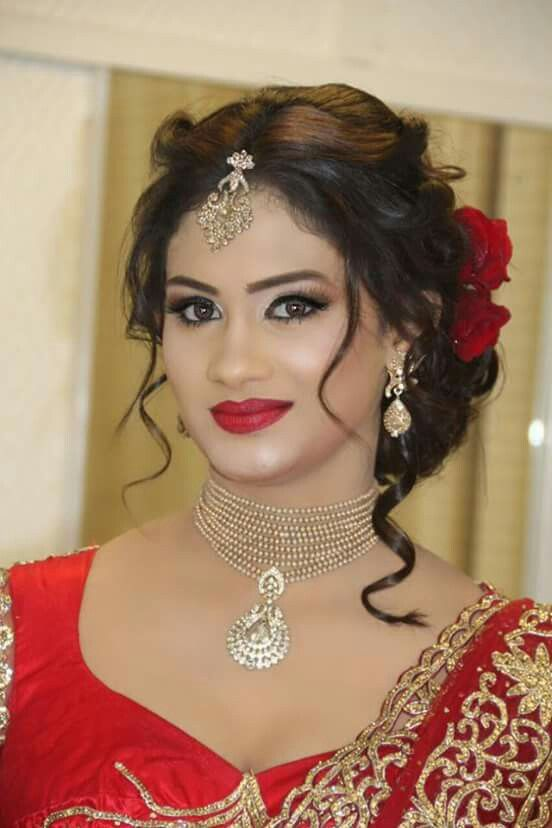 36+ Best Hairstyles For Lehenga Must Try To Grace This Wedding Season - Youme And Trends