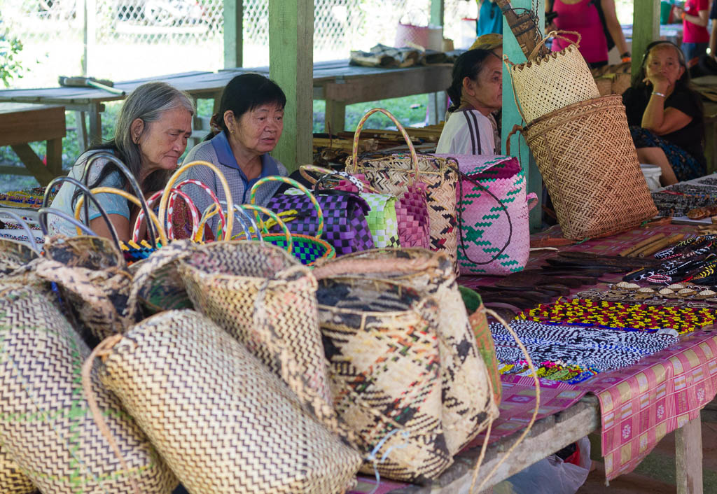 Penan women at the Batu Bungan market