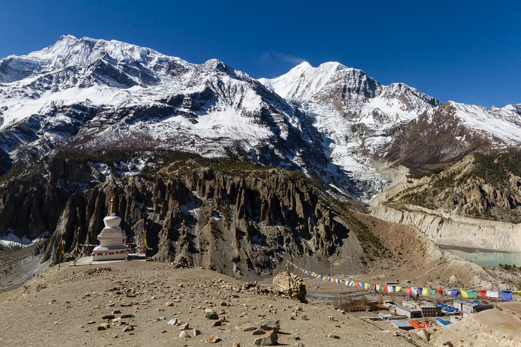 The Annapurna Massif from the trail to Praken Gompa