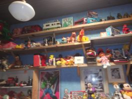 Old toys 4