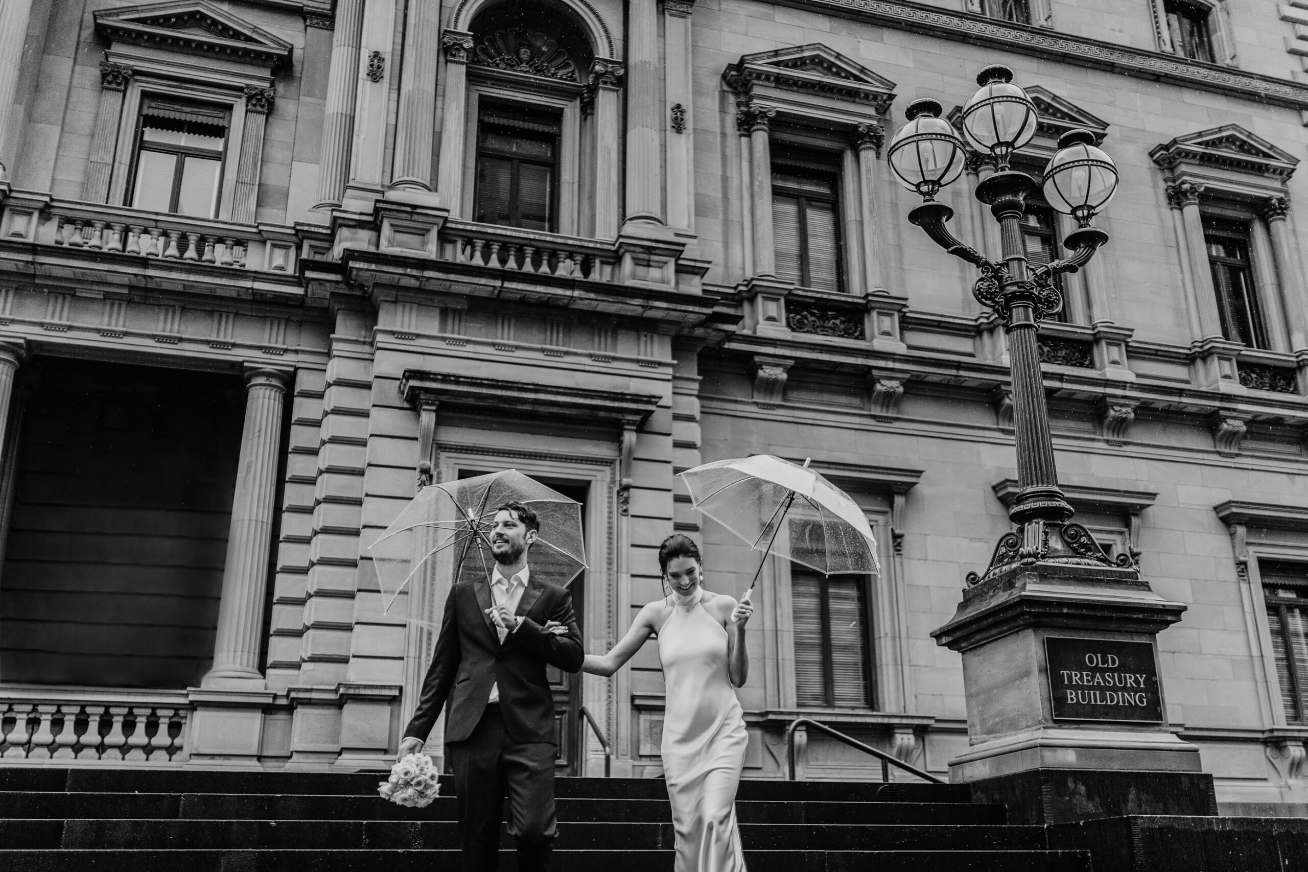 rainy-wedding-melbourne-weather