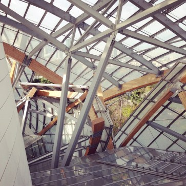 @youneedacocktail on instagram - Fondation Louis Vuitton, France