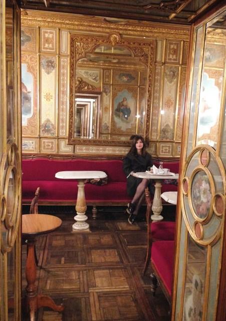 @youneedacocktail on instagram - Venice coffee shop