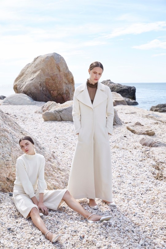 Co Resort 2016 on style.com   http://www.style.com/fashion-shows/resort-2016/co