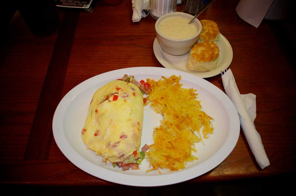 Youngblood's Texas Home Cookin' – Stockyard Cafe – Western Omelette With Hash Browns and Biscuits and Gravy