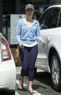 Jessica-Lowndes-in-Purple-Tights--09