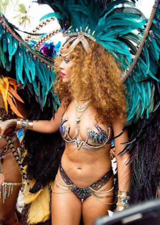 rihanna-in-bikini-at-kadooment-day-in-barbados-08-03-2015_16