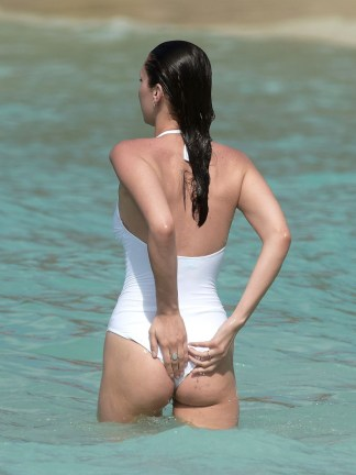 bella-hadid-butt-thong-swimsuit-0405-13-compressed